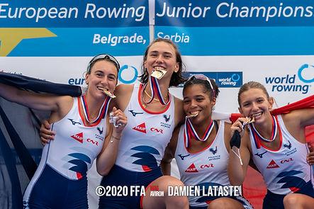 Lou-Anne Caniard, 2ème à droite, championne d'Europe juniors 2020
