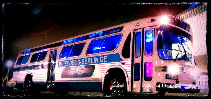 Speedbus 4_edited.jpg 2014-6-17-17:33:44