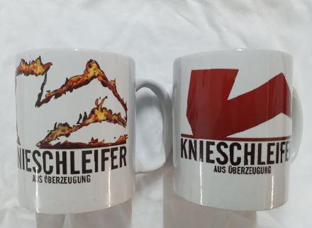 Bedruckte Tasse in zwei unterschiedlichen Motiven
