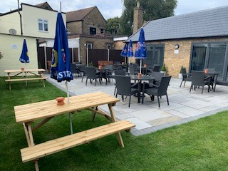 Come down and enjoy a relaxing drink in the Lounge & Garden.