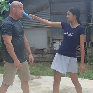 karate Nuu stick.png