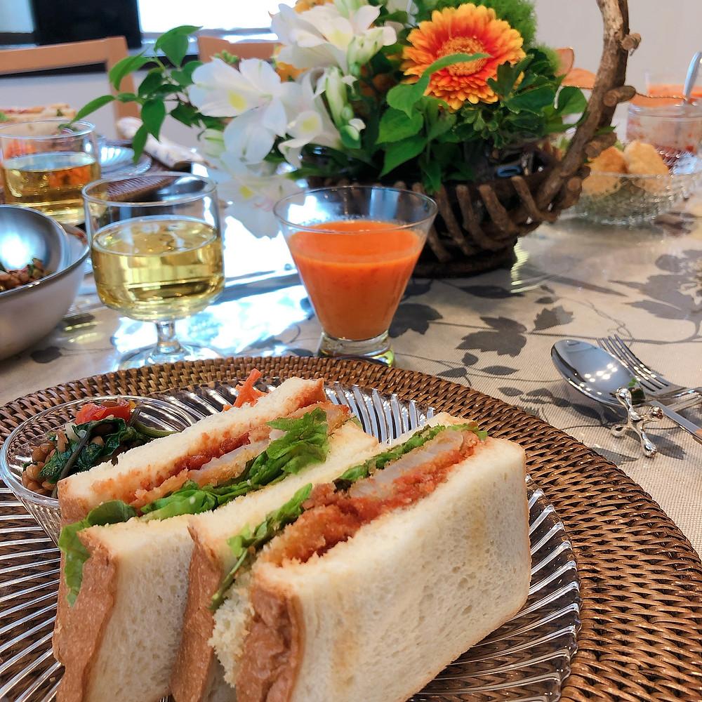#ヴィーガン料理教室 #幸せな時間 #癒し #豊かな心 #テーブルコーディネート #フワラーアレンジメント #テーブルフラワー #サンドイッチ #理想の自分 #人生は変えられる #豊かな心