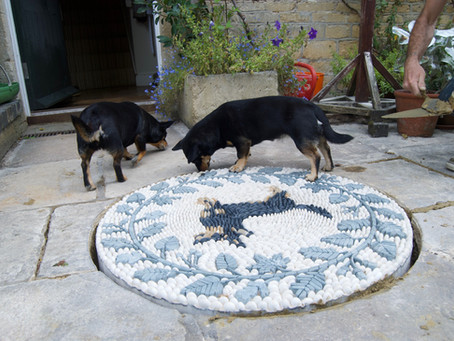 "The ""Pawfect"" Mosaic"