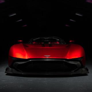 Aston Martin DB6-2.jpg