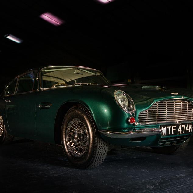 Aston Martin DB6.jpg