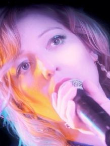 Sarah Louise - Singer and songwriter
