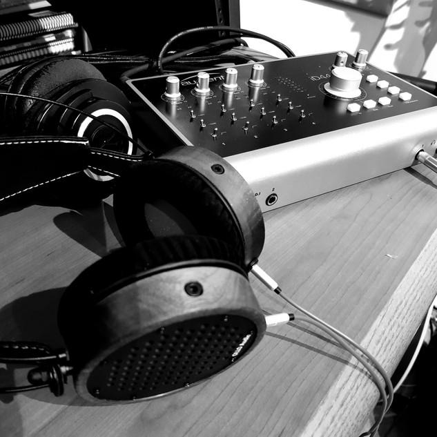 OLLO S4 Headphones.jpg