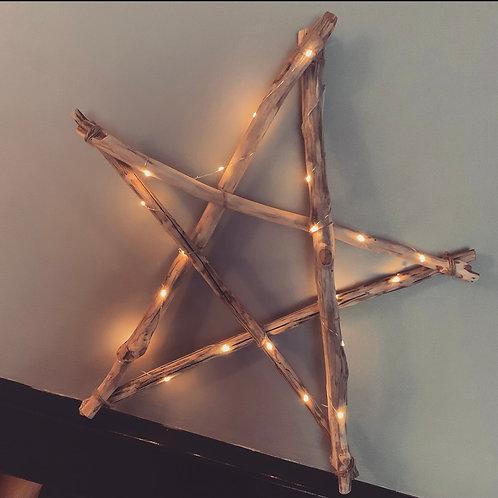 Étoile en bois flotté