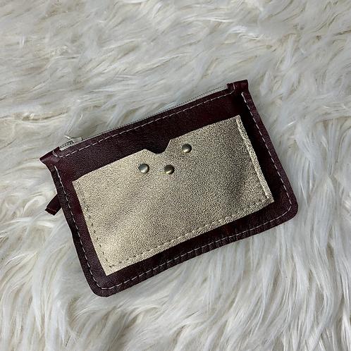 Porte monnaie en cuir aubergine et doré