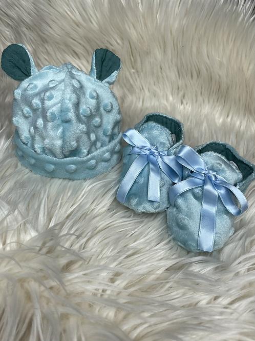 Bonnet et chaussons de naissance bleu