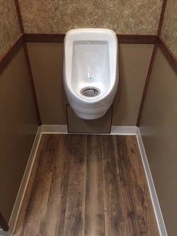Men's Room / Open Stall Urinal