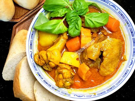 Cà Ri Gà - Vietnamese Coconut Chicken Curry - Southeast Asian Style