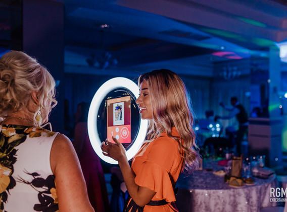 Roamer Ring Photo Booth
