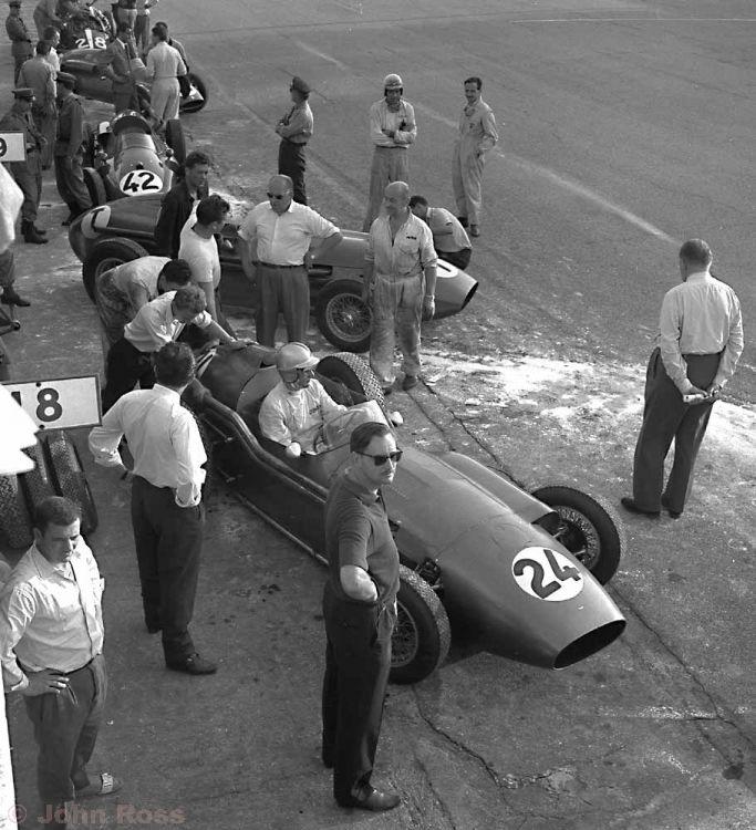 Monza Italian Grand Prix | Roy Salvadori (Aston Martin DBR4) - Sept 1959