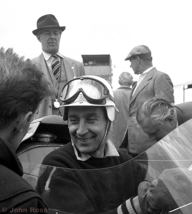 Silverstone | Roy Salvadori (Aston Martin DBR4) - May 1959