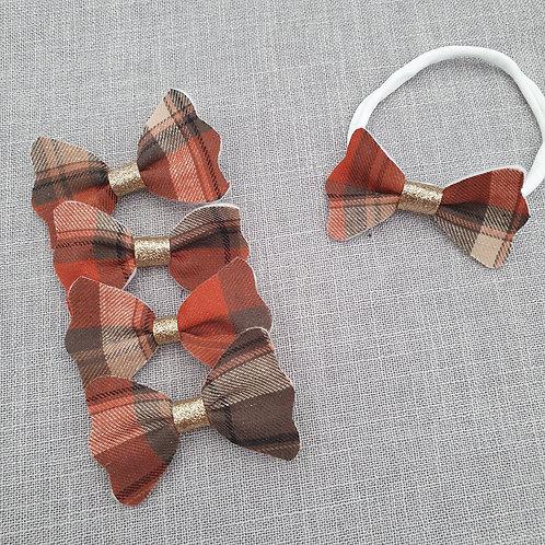 Tartan bows