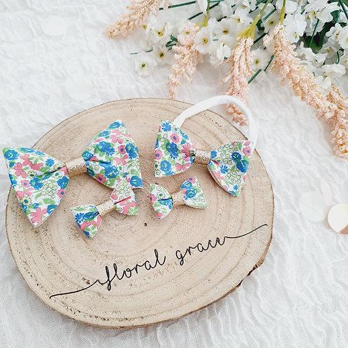 Mae flowers bow