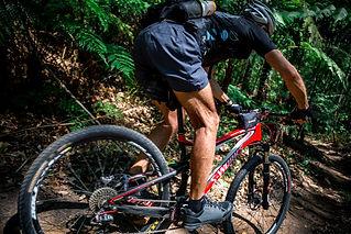 mountain bike aquachara-486733-unsplash.