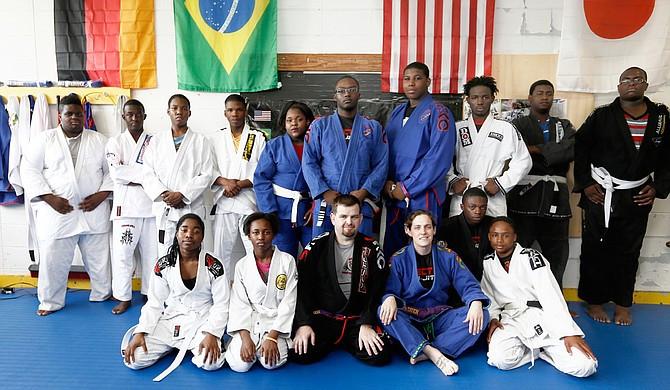 ZZJiu_Jitsu_class_Ik_web_t670.jpg