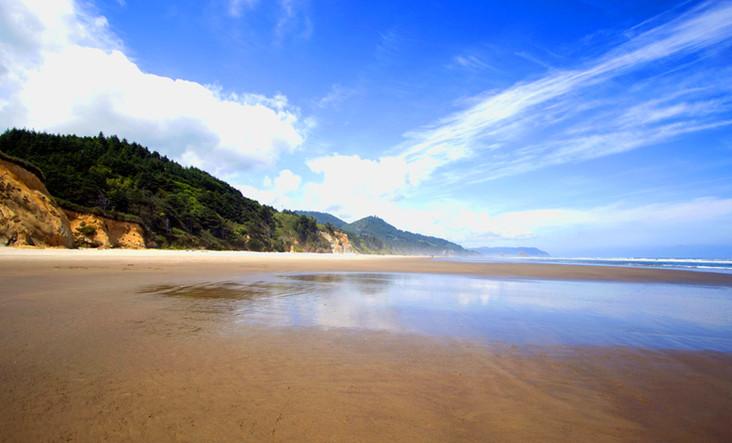 Sea View B130 144dpi.jpg
