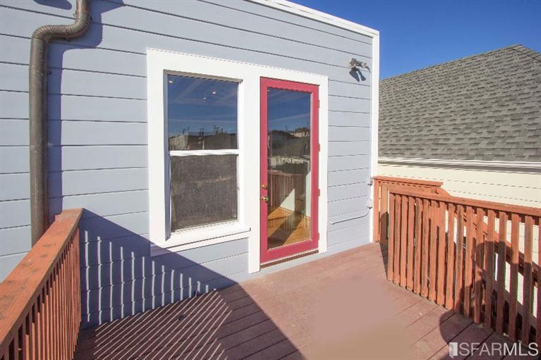 backdoor exterior paint1.jpg