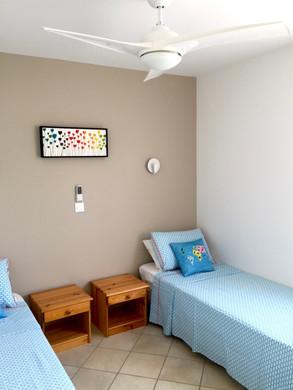 Chambre double _ Double bedroom.jpg