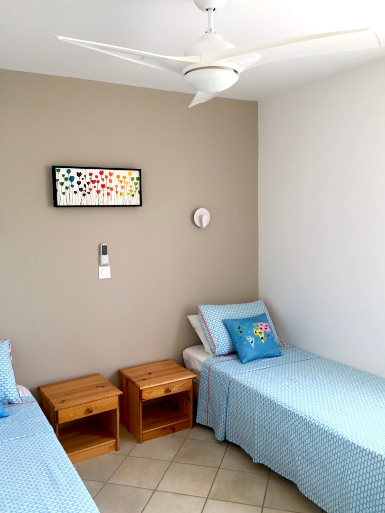 Chambre double _ Double bedroom.jpg