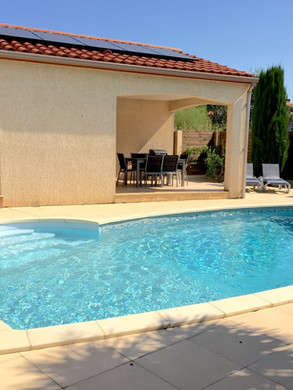 Piscine _ Swimming pool.jpg