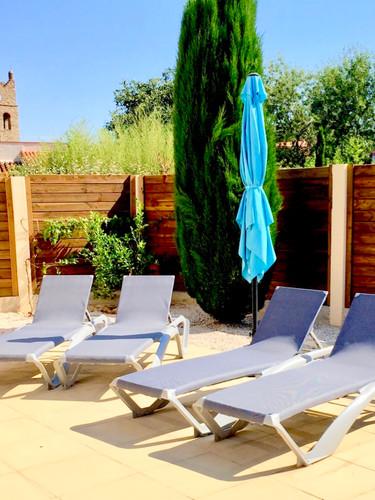 Bains de soleil _ Outdoor lounge.jpg