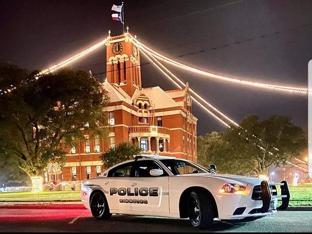 courthouse car.jpg