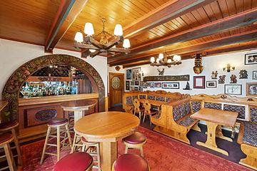 005_Open2view_ID641374-Foywer_Restaurant