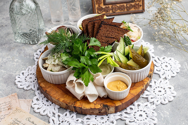 Traditional Russian appetizers for vodka