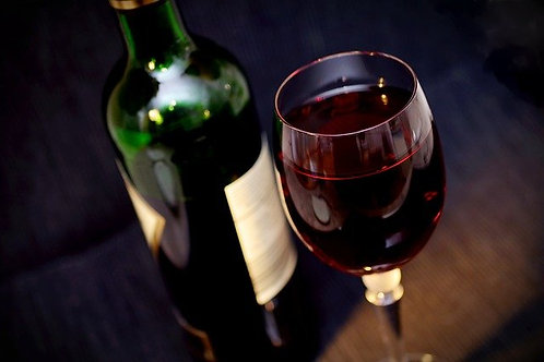 Flasche ital. Wein