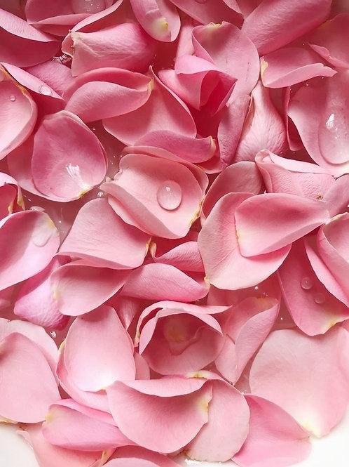 Rosenblüten-Bett