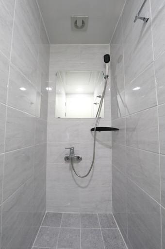 4층 샤워실