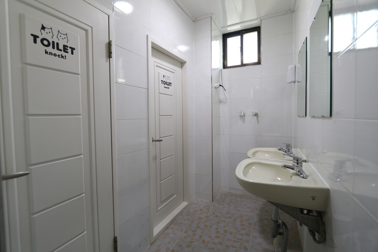 4층 화장실 2개