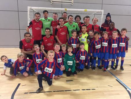 IIDEA sponsored Ecclesall Rangers Under 8 Red Team are match day mascots for Sheffield Futsal Team