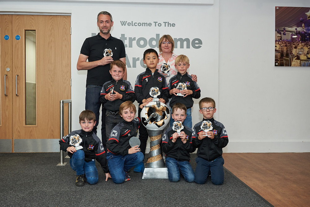 IIDEA Limited sponsor the Ecclesall Rangers under 7 Red Team who were presented with their FA Respect Award by Fair Play Fred at the Barnsley Metrodome on Wednesday 23rd of May. Well done to the team for being such wonderful and enthusiastic players and playing nicely against their opposition all season.