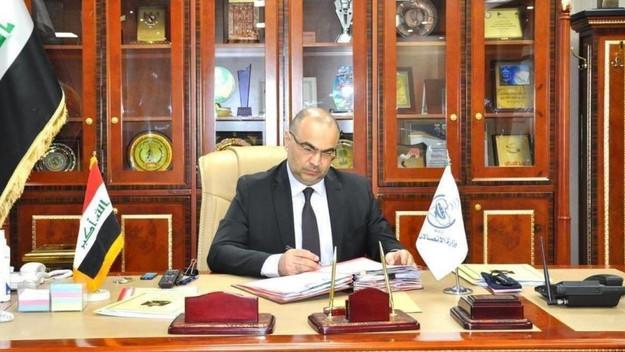 وزير الدولة للإعلام الأردني أمجد عوده العضايلة يؤكد إصابة وزير الإتصالات العراقي بكورونا .