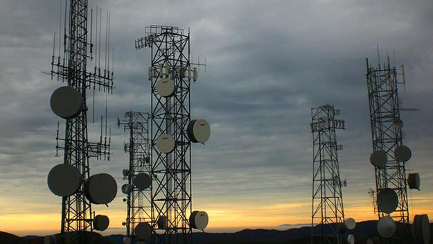 إزدياد المخاوف بشأن تصريحات وزارة الإتصالات بما يتعلق بالوايرلس!