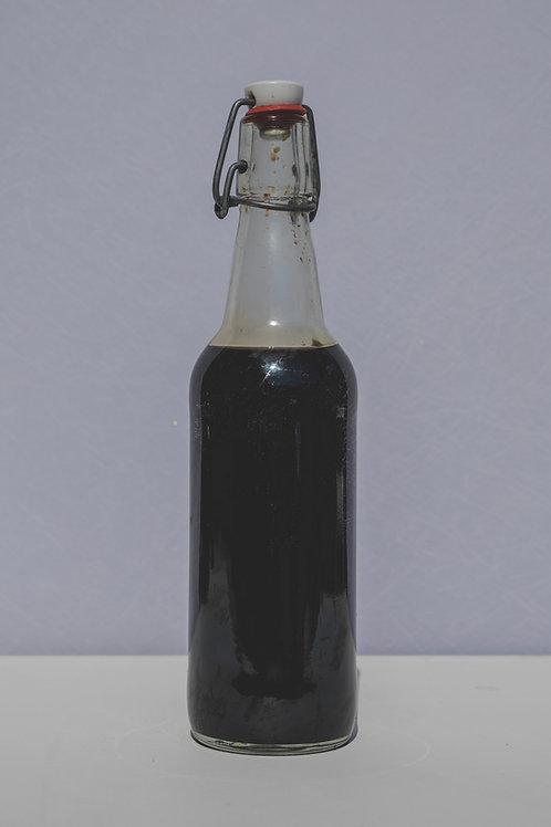 Traditionnelle sauce soja mixée avec du vinaigre de riz 33cl
