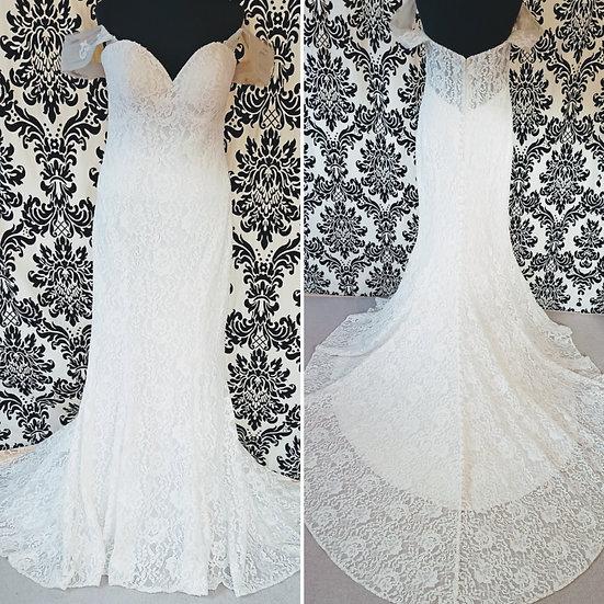 Size 14 Allure Romance ivory lace fit & flare wedding dress