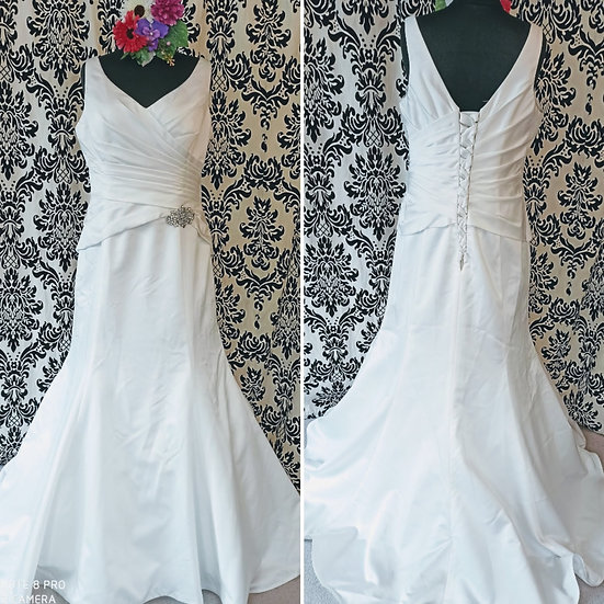 Size 20 Rosetta Nicolini satin fit & flare wedding dress