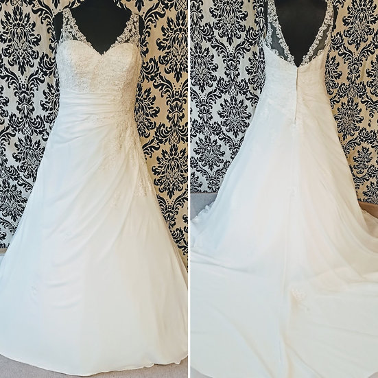 Size 20 sample ivory chiffon and lace A-line wedding dress