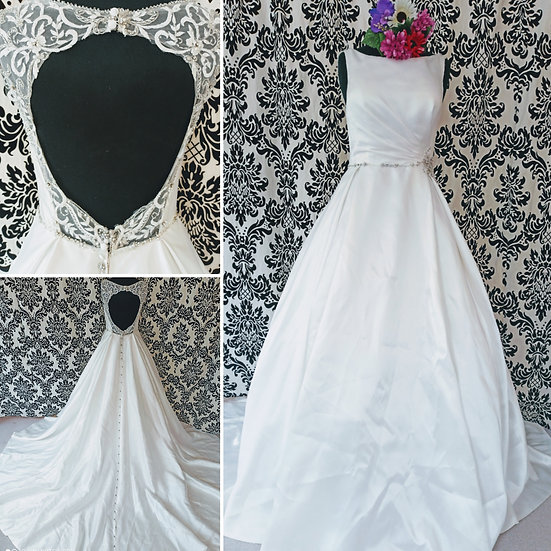 Size 12 Anna Sorrano ivory ballgown wedding dress