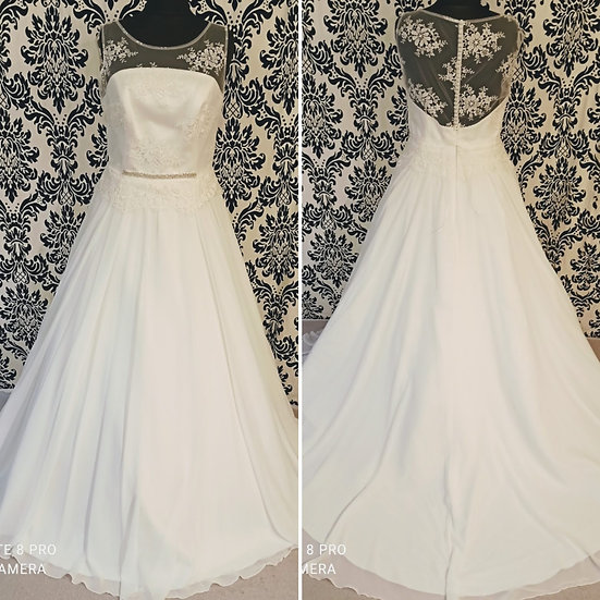 Can be ordered in 10 to 20 NEW Adria Bianco Evento lace & chiffon wedding dress