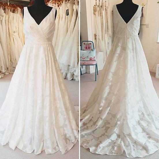 Size 16 Mori Lee 'Enchanting' A-line wedding dress with straps