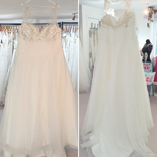 Size 24 Sonsie 'Carey' organza wedding dress with beading and pleats