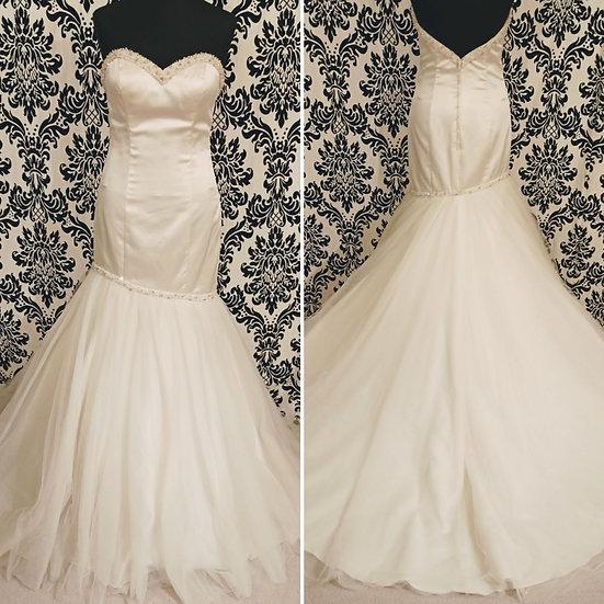 Size 12 ivory sample satin & tulle fit & flare wedding dress