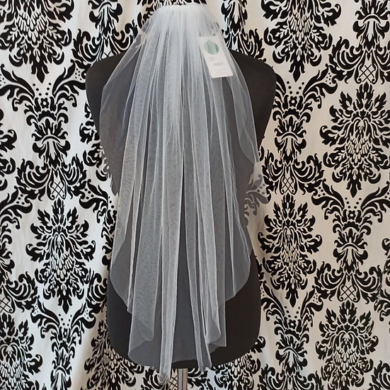 Bianco Evento single-layer medium ivory veil